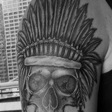 Angelo_Indianer-Skull_Guns-N-Ink_Felix-Koch