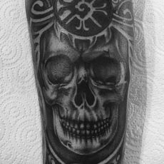 Wurri_Skull-Guns_N_Ink-Felix_Koch