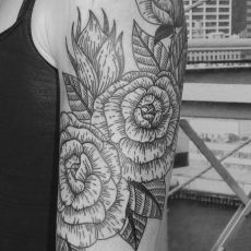Jenny_Flowers-Guns_N_Ink-Felix_Koch