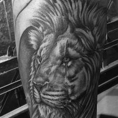 Markus_Lion_Guns_N_Ink-Felix_Koch