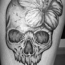 Sylvie_Tattoo-Guns_N_Ink-Felix_Koch