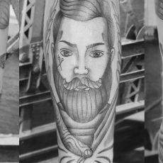 Romeo_Barber-Tattoo_3-Views-Guns_N_Ink-Felix_Koch