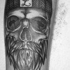 Matthias_Ludwig_Skull_GUNS.N.INK.Tattoo.Shop
